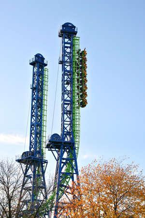 Straigth up roller coaster under blue sky Stock Photo - 1988407