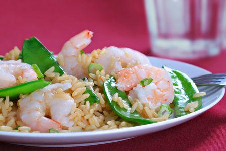 Shrimp Stir Fry Rice with Pea Pod photo