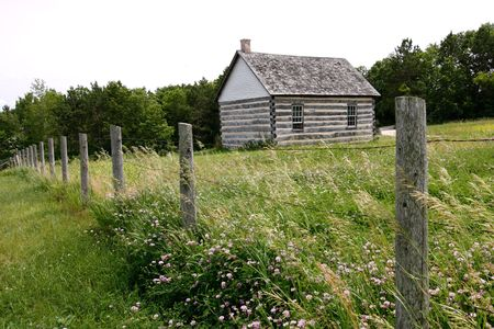 Old House at Barnyard in the Summer Imagens