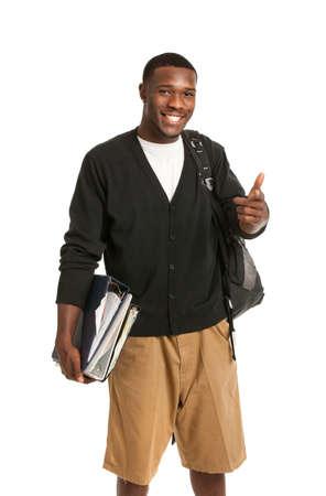 african student: Felice Casual Dressed giovane afro-americano College Student isolati su sfondo bianco
