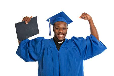 toga y birrete: Joven Feliz afroamericano Holding Mujer Estudiante Certificado de Graduaci�n Emocionante Expresi�n