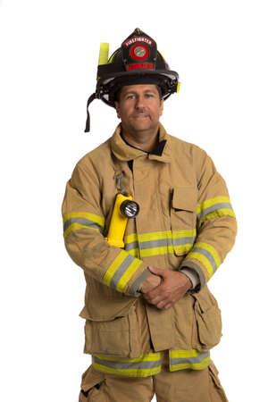 пожарный: Серьезные глядя уверенно Портрет Постоянная пожарного изолирован на белом