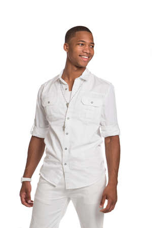 african student: Naturale Guardando Sorridente African American Male modello su sfondo isolato
