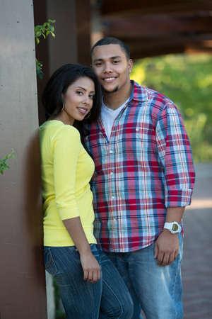 verlobt: Young Hispanic Couple Engagement Picture Outdoor Portrait Lizenzfreie Bilder