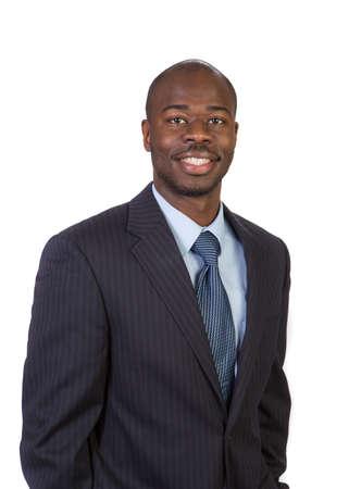 negras africanas: Aspecto natural joven sonriente African American Male Modelo sobre fondo aislado