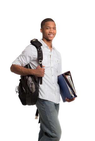 mochila: Feliz African American College Student Holding Biders sobre fondo blanco aisladas