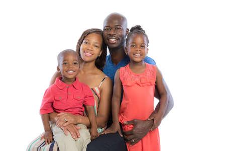 familia: Retrato de familia afroamericana sonriente feliz aislada sobre fondo blanco Foto de archivo