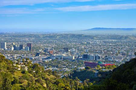 Panoramisch uitzicht op de West Hollywood van Hollywood heuvels. Los Angeles, Californië