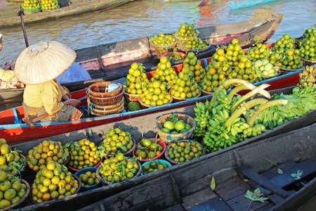 floating market: Floating market, Banjarmasin, Borneo