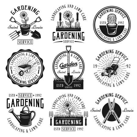 Servicio de jardinería, paisajismo y cuidado del césped conjunto de nueve emblemas, insignias, etiquetas o logotipos de vectores negros en estilo retro aislado sobre fondo blanco