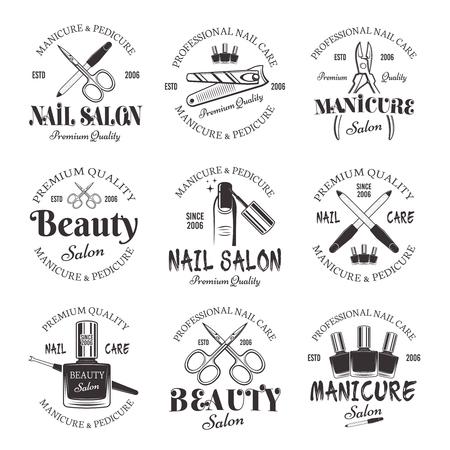 Manicure en pedicure salon set vector zwart-wit emblemen, etiketten, badges geïsoleerd op een witte achtergrond. Verzameling van logo's voor nagelverzorging en nagels in studio of schoonheidssalon Logo