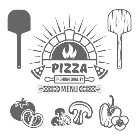 Horno de ladrillo y pizza vector emblema monocromo o etiqueta para menú de pizzería y elementos de diseño tomate, champiñones, pimiento, pala de madera aislada sobre fondo blanco