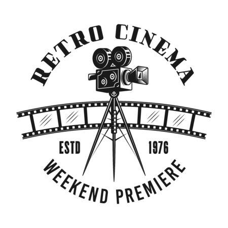 Retro cinema camera vector emblem, label, badge   in monochrome vintage style isolated on white background Foto de archivo - 129133329