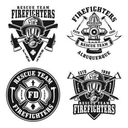 Set dei vigili del fuoco di quattro emblemi, distintivi, etichette o loghi isolati vettoriali in stile vintage in bianco e nero