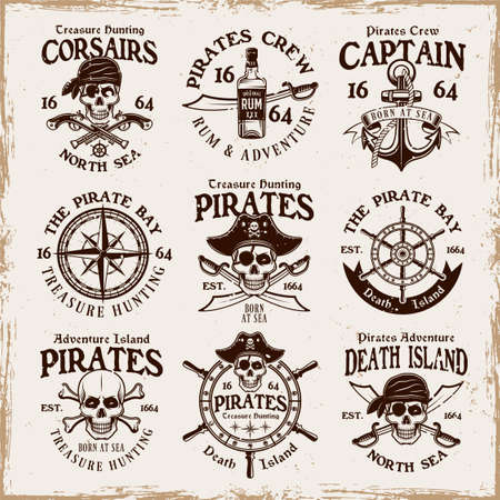 Pirates set of vector emblems, labels, badges   in vintage style on background with removable grunge textures 向量圖像