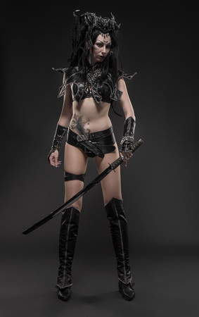dark elf: Woman dark elf warrior