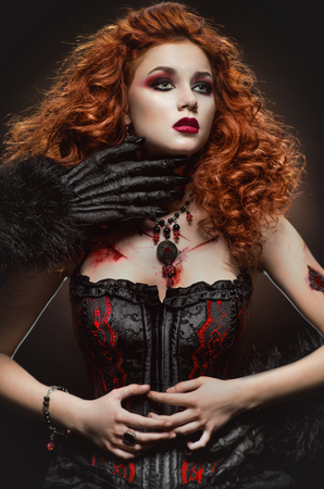 redhaired: Gothic redhaired beauty and the beast