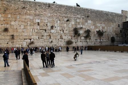 worshipers: Jewish worshipers  pray at the Wailing Wall an important jewish religious site  Jerusalem, Israel  Editorial