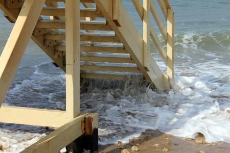 afflux: Lifeguard station en hiver