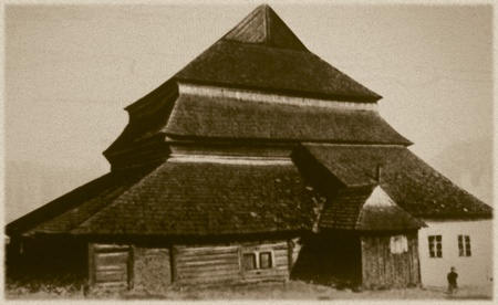 Retro photo of  old wooden synagogue  in Gwozdiec,  Western Ukraine, 17th century AD and was completely destroyed by the Nazis during the Holocaust Stock Photo - 18194022