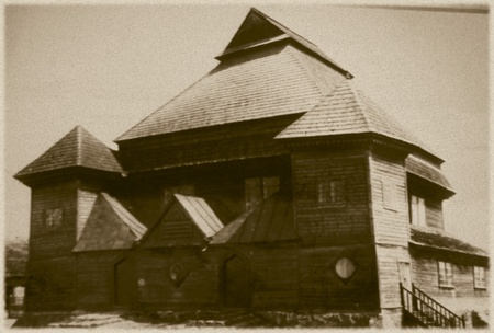 nazis: Retro photo of  old wooden synagogue  in Olkeninki, Belarus, 18th century AD and was completely destroyed by the Nazis during the Holocaust