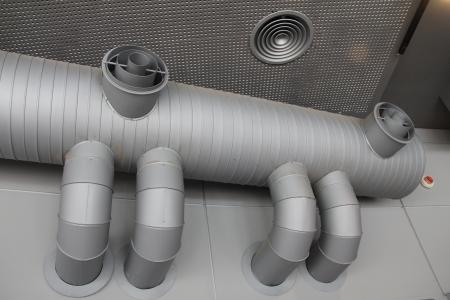 Industrielle L?ftungsanlage Standard-Bild - 20216425