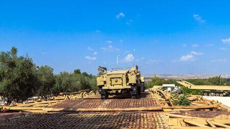 トラック ・ トレーラー業者 Latrun でヤド ラ Shiryon 装甲隊博物館で ...