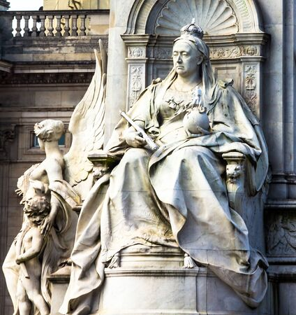 webb: Imperial Memorial to Queen Victoria (1911, designed by Sir Aston Webb) in front of Buckingham Palace was built in honor of Queen Victoria, who reigned for almost 64 years. London, UK.