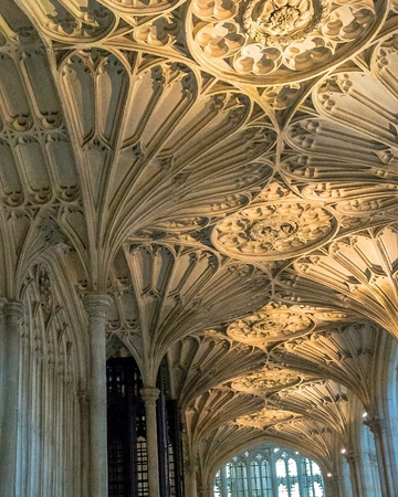 berkshire: Beautiful ceiling of St. George Chapel in Windsor Castle, royal residence at Windsor in the English county of Berkshire. UK