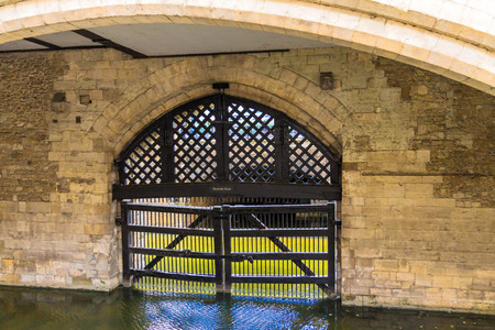 ancient prison: View of the Traitors Gate in the Tower of London