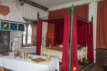 bedchamber: Recreation of Edward Is bedchamber in St Thomass Tower. Tower of London. UK