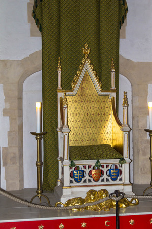 survives: Throne of  Henry III and his son Edward I  in  Wakefield tower at Tower of London. The throne is based upon one actually made for Edward I which still survives in Westminster abbey. London