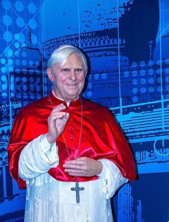 vicar: LONDON, UK - JUNE 7,2015: Pope Benedict XVI Figurine At Madame Tussauds Wax Museum. Editorial