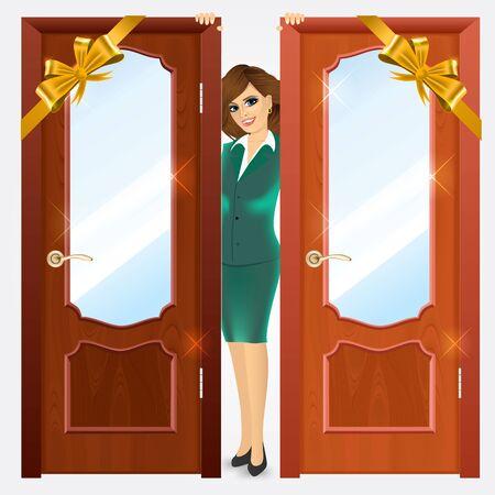 wooden doors: cerca de la entrada cerrado puertas de madera y sonriente mujer de pie entre ellos sobre un fondo blanco