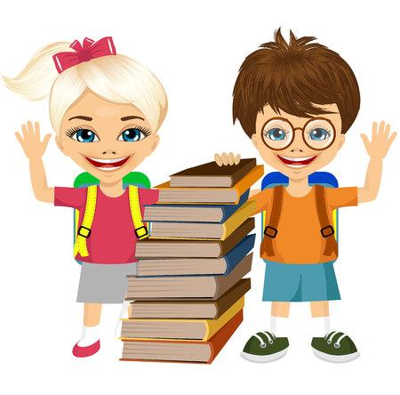 colegiala: retrato de colegial lindo y saludo colegiala y de pie por la pila de libros