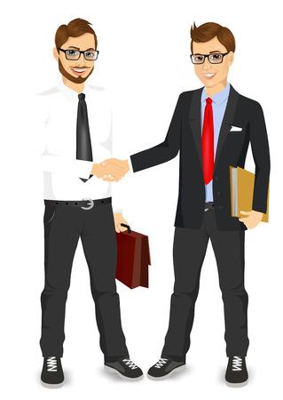 twee jonge ondernemers met een bril handen schudden tevreden staande onderhandelingstafel