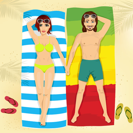 happy couple beach: top view of happy couple in swimsuit lying on towels holding hands on the beach Illustration