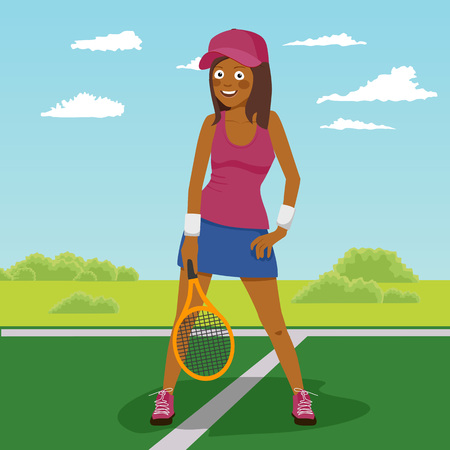 Young happy african american female tennis player posing on the tennis court Vectores