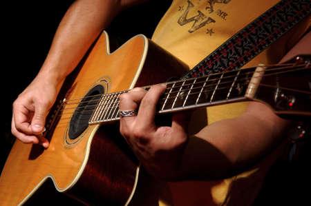 guitar pick: Acoustic Guitar performance
