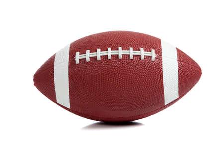 Een Amerikaanse voet bal op witte achtergrond