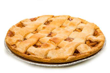 pastel de manzana: Un delicioso pastel de manzana sobre un fondo blanco