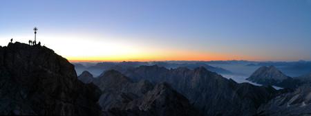 zugspitze mountain: Zugspitze mountain top in the Wetterstein mountain range, Germanys highest mountain peak at 2790m Stock Photo