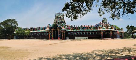 Tamilian Hindu temple Sri Naga Pooshani Amman Kovil, Sri Lanka Stock Photo
