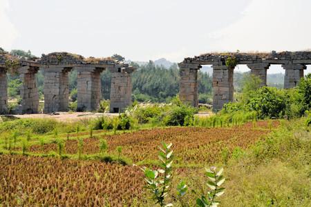 ancient civilization: Ancient aqueduct of Vijayanagara Hindu civilization in Hampi, Karnataka, Southern India