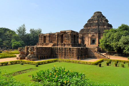 Konark Sun Temple is a 13th-century Hindu Sun Temple, also known as the Black Pagoda, in Odisha, India Standard-Bild