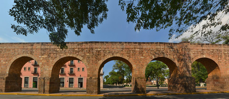 providing: Spanish colonial aquaeduct providing water in former silver mining town of Morelia, Central Mexico