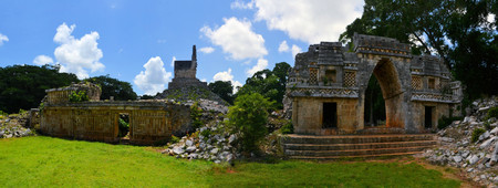 ruta: Mayan ruins of Tabna on the Puuc Route, Ruta Puuc, south of Merida near Uxmal, Yucatan, Mexico
