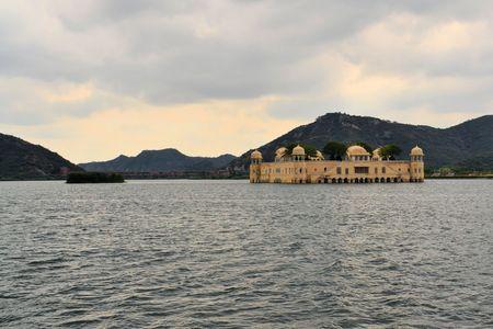 sagar: Indian water palace on Jal Mahal lake as seen from the embankment in Jaipur, Rajasthan, India