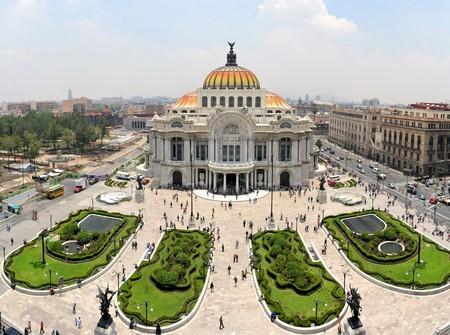 palacio: The Fine Arts Palace Museum called Palacio de Bellas Artes in Mexico City, Mexico.