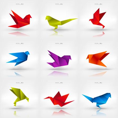 paloma caricatura: Origami de papel aves en el fondo abstracto. Conjunto. Vectores